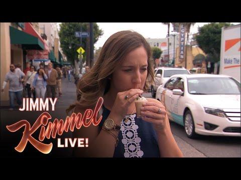 Jimmy Kimmel Asks President Barack Obama About His Daily LifeKaynak: YouTube · Süre: 2 dakika44 saniye