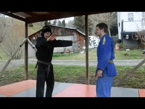 Blindfolded Judo (Amazing Video--Must SEE!!!)