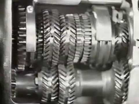 Austin Motor Company..Silent and Certain, gear box manufacture 1935