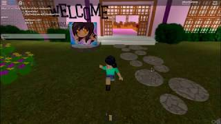 Aphmau's Cafe?!?!?!?!? {roblox}