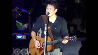 Video Ariel Noah -Mimpi yang sempurna Live .. Keren!!!! download MP3, 3GP, MP4, WEBM, AVI, FLV Desember 2017