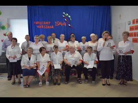 Występ Klubu Seniora + w Gumowie upamiętniający Powstanie Warszawskie