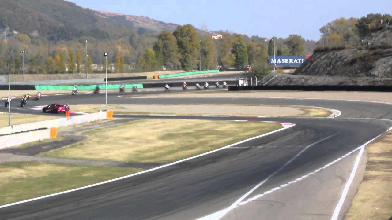 Circuito Varano De Melegari : Gare guzzi partenza circuito varano de melegari youtube
