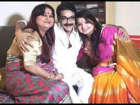 Prosenjit Chatterjee Bhai Phota Celebration | Actor Prasenjit Chatterjee Celebrating Bhaifota