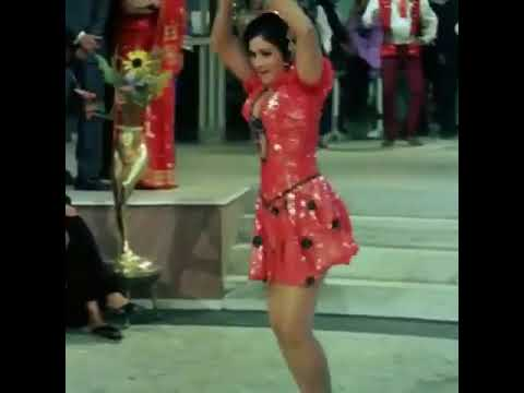 aruna-irani-boobs-pics-half-naked-thick-women