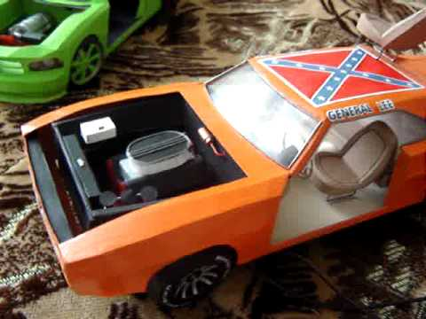 Papercraft Dodge Charger 1969 General Lee working paper model