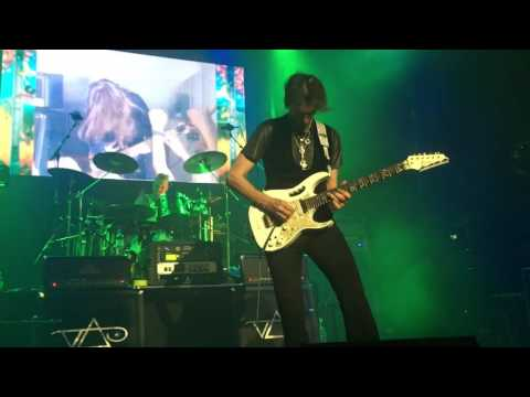 Steve Vai - The Audience Is Listening (featuring John Petrucci)
