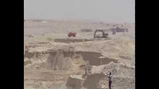 Suez Canal new: a scene in the dig in the September 17, 2014