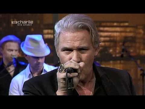 Johnny Logan - Shame On You (Live)