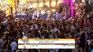 Pitbull ft. Marc Anthony ~ Rain Over Me (Live Today Show, New York 2011)