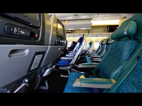 Economy Class | Cathay Pacific CX511 Fukuoka - Taipei - Hong