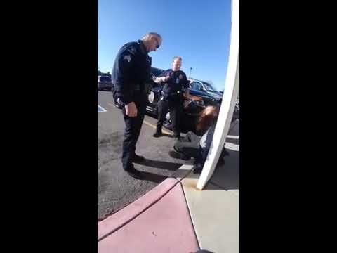 2017/10/14 @ 3:42pm - William Gets Framed By Police Of Allegedly Refusing To Leave A Walgreens