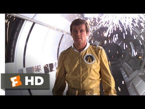 Moonraker (9/10) Movie CLIP - Drax Had to Fly (1979) HD