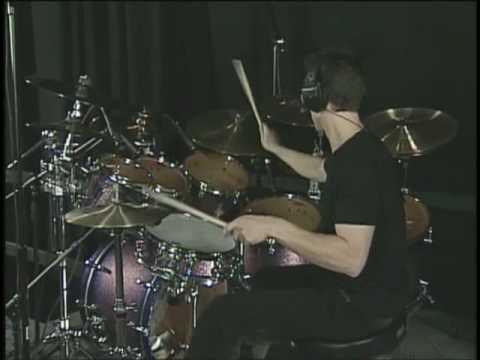 Tom Knight performing