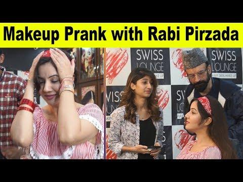 Rabi Peerzada Viral | Makeup Prank with Rabi Pirzada | Allama pranks | Rida shah | Totla reporter