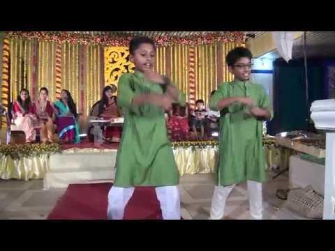 Hum Pagal Nahi Hai + Tune Mari - Holud Dance