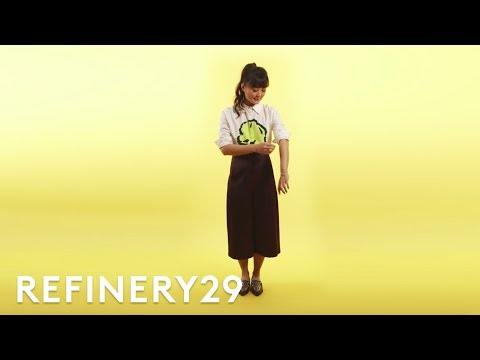 How To Cuff Your Sleeves Properly | Split Second Styling Tips | Refinery29