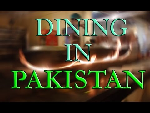 Having Traditional Food- Pakistan Vlog