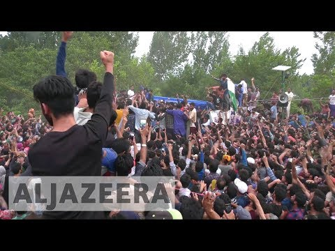 Indian soldiers and rebels killed in Kashmir clashes