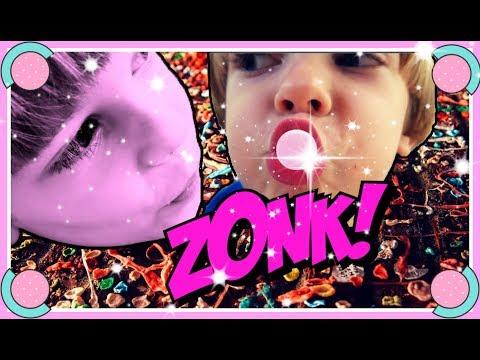 How HE is blowing Dubble Bubble Bubblegum 🤓Freestyla 🍬🍬🍬