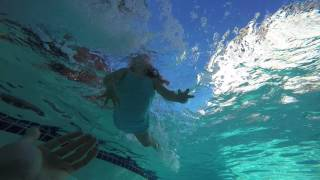 Repeat youtube video 2 Year Olds Swim Practice - Holding Breath Underwater