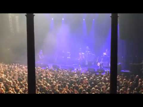 ENCORE! Peter Hook & The Light - Atmosphere, feat. Mark Lanegan - The Roundhouse, London, 18/12/17