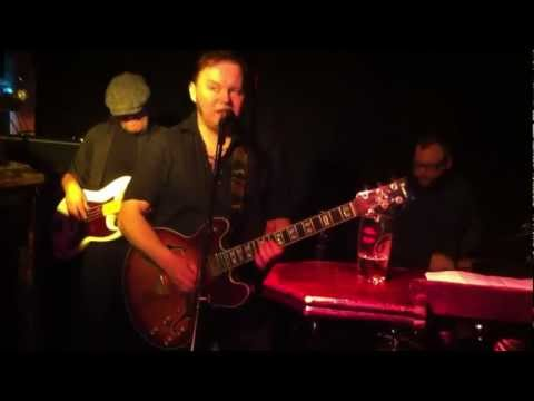 Mads Johnsen and The Wardens - What I Say - live