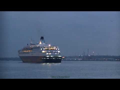 Saga Pearl ll & Sapphire Arrive & Depart Plus Departure of Balmoral 20/12/16