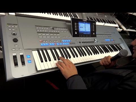 Scoring the best keyboard in the world, Yamaha tyros 5 76