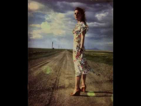 Tori Amos - Scarlet's Walk live (Full Album) & Scarlet's Hidden Treasures live (Full EP)