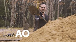 How to Be a Grave Digger