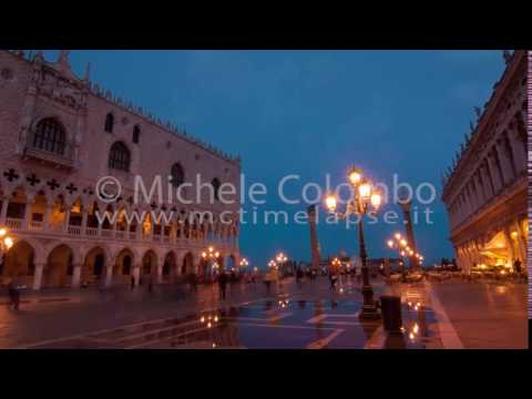 0058 - time lapse - Night fall in San Marco square Venice - 4K