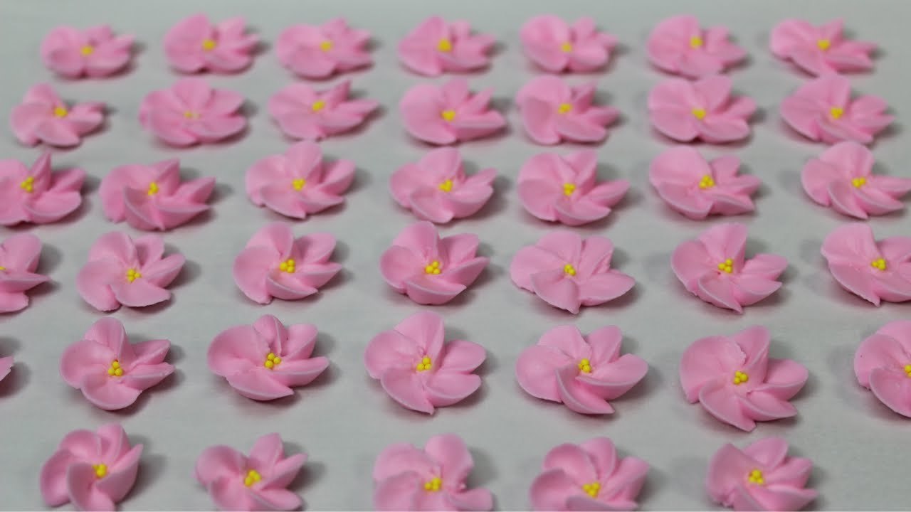How To Pipe Cherry Blossoms With Royal Icing Youtube