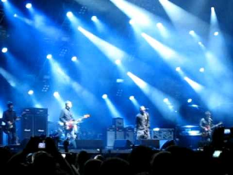 Oasis - Fuckin' in the Bushes / Rock'n'Roll Star - Caracas 2009