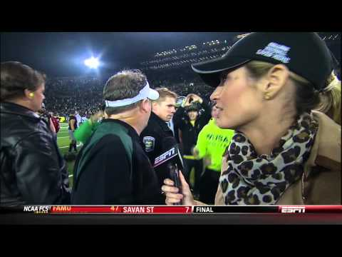 Chip Kelly Lashes Out At Loud Fans During Interview .mpg