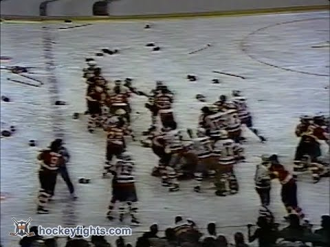 Flyers at Islanders bench clearing brawl Jan 6, 1979