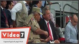 وزير الشباب ومحمود طاهر يؤازران الأهلى بمدرجات برج العرب