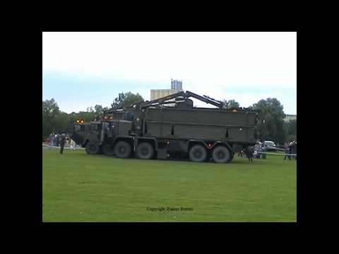 British Army Royal Engineers Freedom of the City of Hameln Parade Open Day Wouldham 2004 Part 4