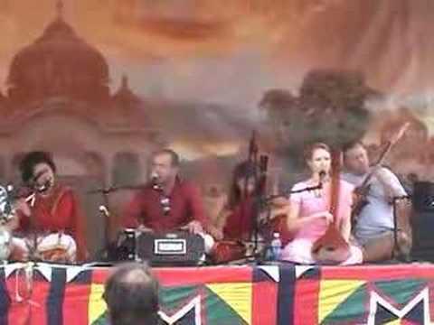 LA Temple Bhajan Band - Rathayatra