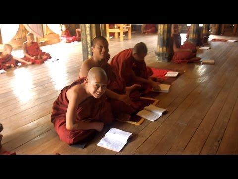 Scoala budista in Myanmar (Burma)