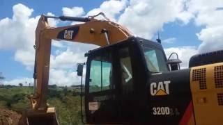 como operar escavadeira CATERPILLAR 320 parte 2