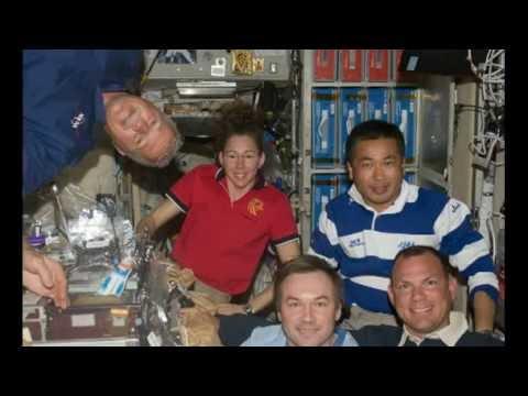 Astronaut Sandra Magnus's hair