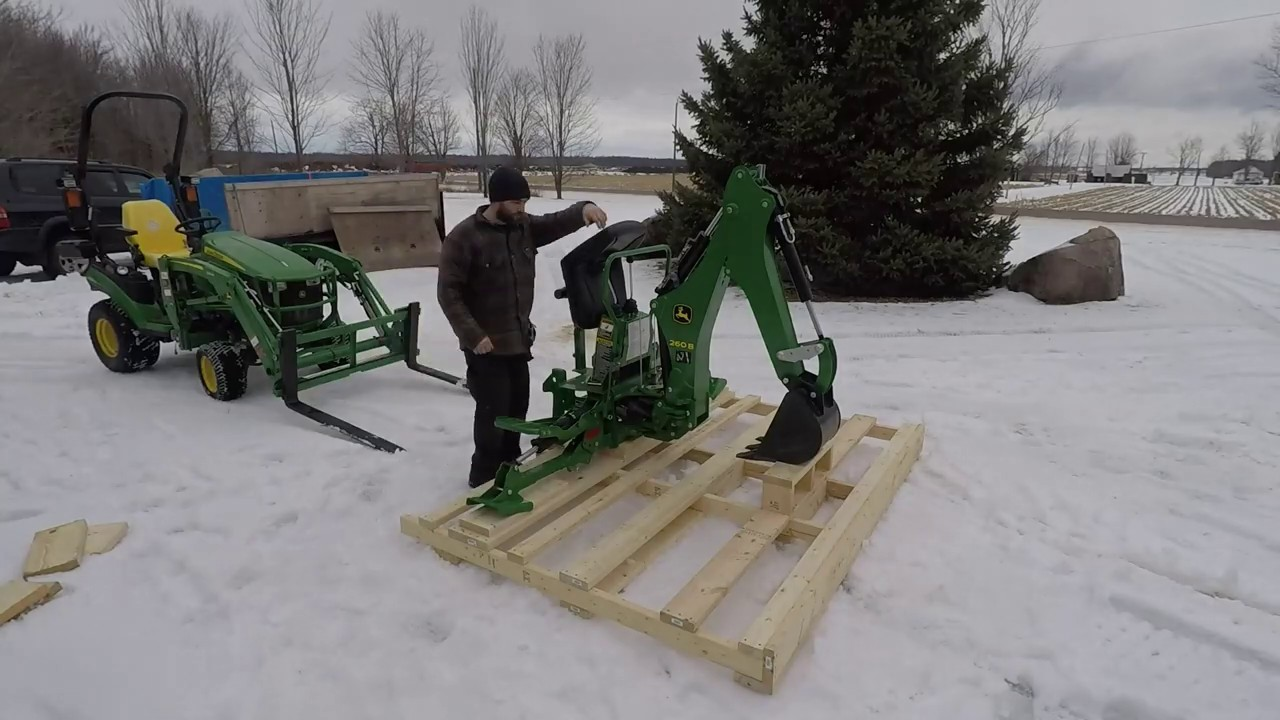 John Deere Backhoe Attachment >> Can the John Deere 1025R lift its own attachments ? 260B ...