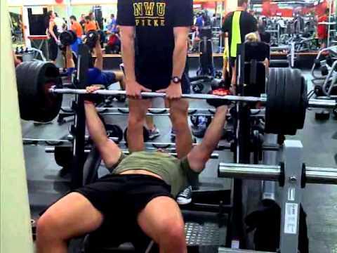 Nico Janse van Rensburg 200kg bench press