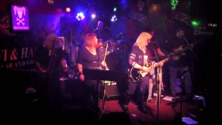 Vicki Reed Band -Middle of the Road (Cover) 3 20 15