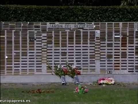 Europapress jardin del recuerdo en cementerio de la for Cementerio parque jardin la puerta