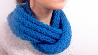 Repeat youtube video How to Loom Knit a Ribbed Infinity Scarf (DIY Tutorial)