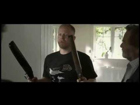 Det grå guld - Kenny (Anders Matthesen) hjælper med at vælge våben!