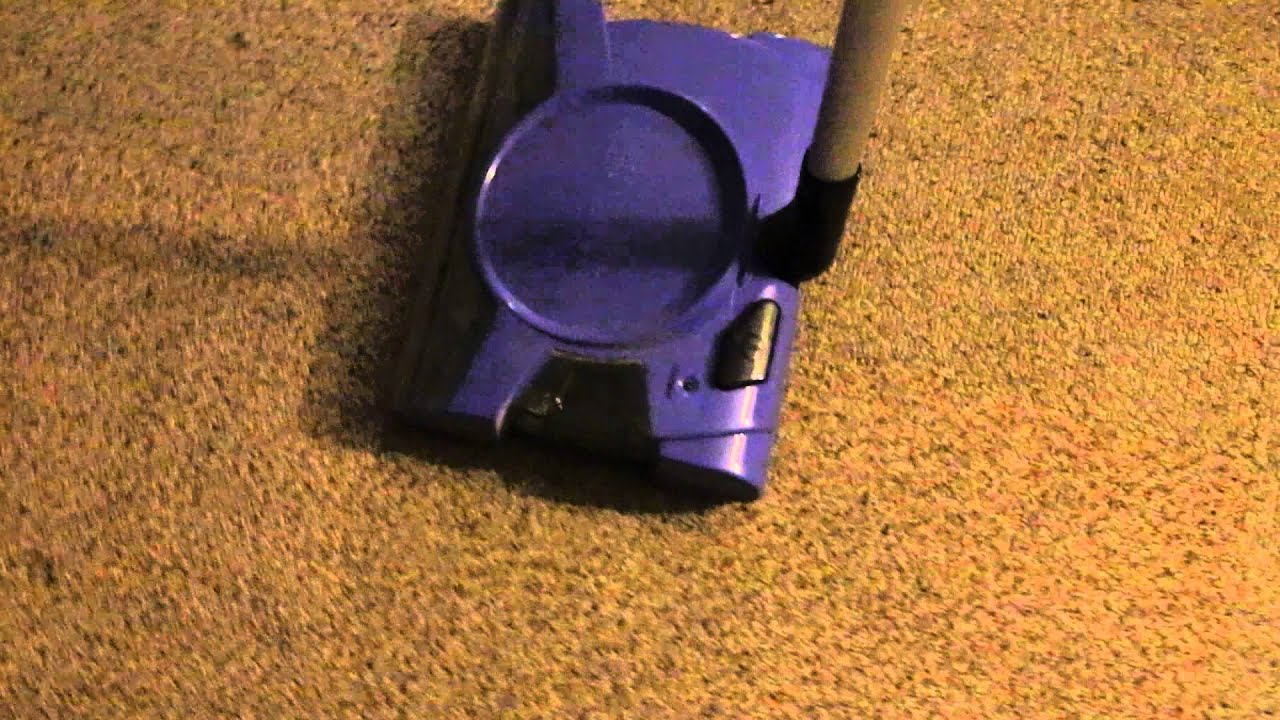 Shark Bagless Cordless Rechargeable Floor And Carpet