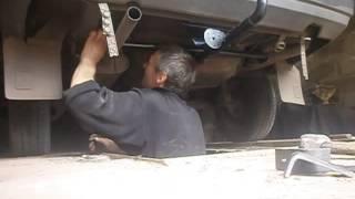 видео Как правильно установить фаркоп на автомобиль ВАЗ 2114?